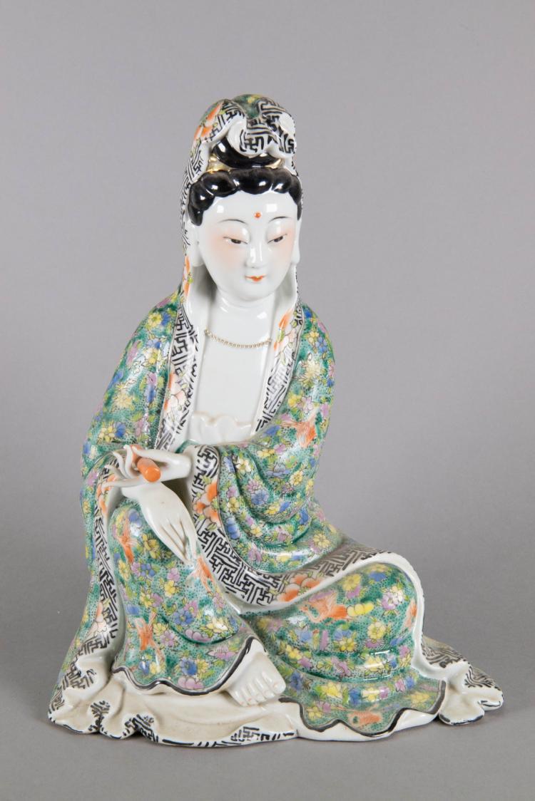 Chinese Republic Period Guanyin Porcelain