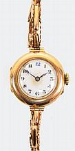 A vintage lady's 9ct gold cased wristwatch with