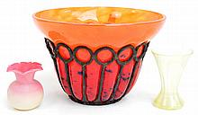 CHARLES SCHNEIDER; an art glass orange/red bowl in