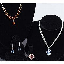 Sterling silver colored crystal fashion costume jewelry; 4pc.