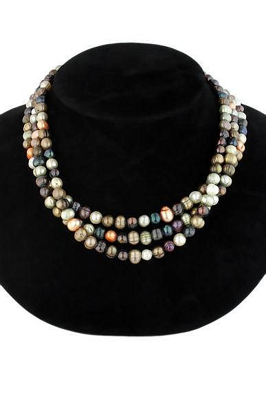 A multicolour cultured pearl torsade necklace
