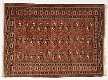 Buchara carpet with three-rowed guls, 350.000 knots/m2