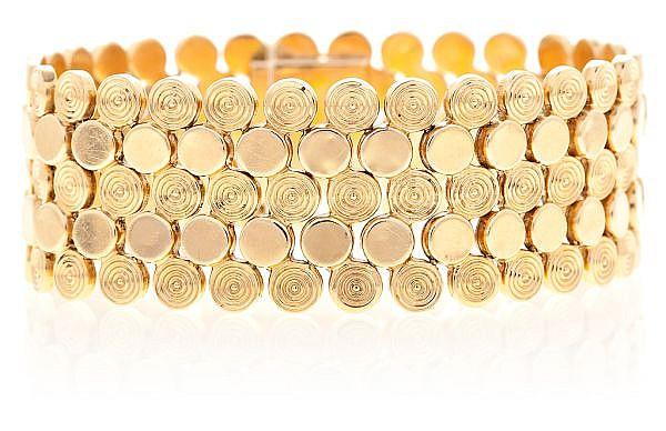 Pulsera ancha en malla en oro