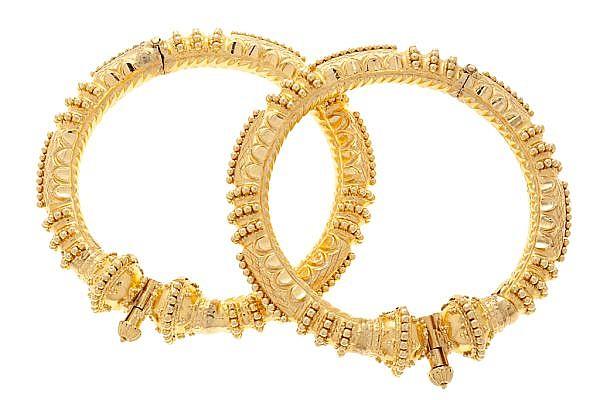 Dos pulseras esclavas probablemente indias o tibetanas, del siglo XX
