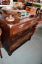 Mahogany chest of 5 drawers, rectangular form