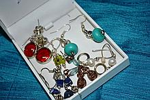 Various earrings incl. turquoise, pearls, etc