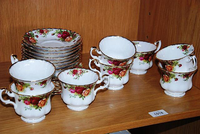 Set of 8 Royal Albert
