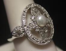Gorgeous Broka Pearl & Diamonds Silver Ring (122R)