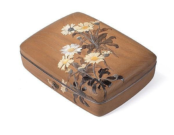 An important documentary inlaid shirokiri (white paulownia) wood tebako (cosmetic box) and cover By Asahi Gyokuzan (1843-1923), dated 1912
