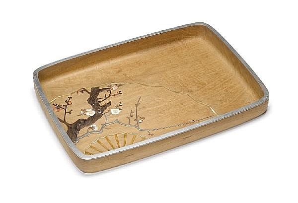 An inlaid shirokiri (white paulownia) wood hirobuta (presentation tray) By Asahi Gyokuzan (1843-1923), Meiji Period