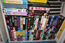 LOT OF APPROX 211 VHS MOVIES