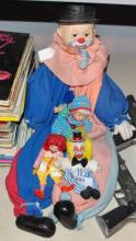 LOT OF COLLECTIBLE CLOWN DOLLS