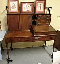 Exceptional Philadelphia Plantation Desk