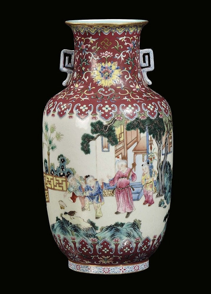 An important polychrome Famille-Rose porcelain