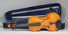 A 20th Century full sized violin with one piece