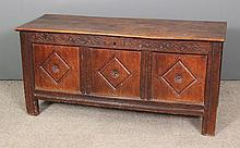 A late 17th/early 18th Century panelled oak coffer