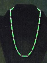 VINTAGE STERLING SILVER GREEN JADEITE NECKLACE