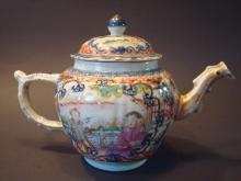 ANTIQUE Chinese Famille Rose Teapot, 18th C
