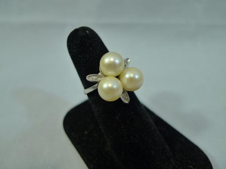 14K GOLD PEARL DIAMOND RING SIZE 5.75 5 GRAM