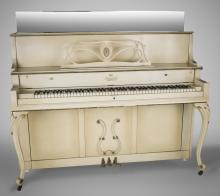 Spinet Upright Piano