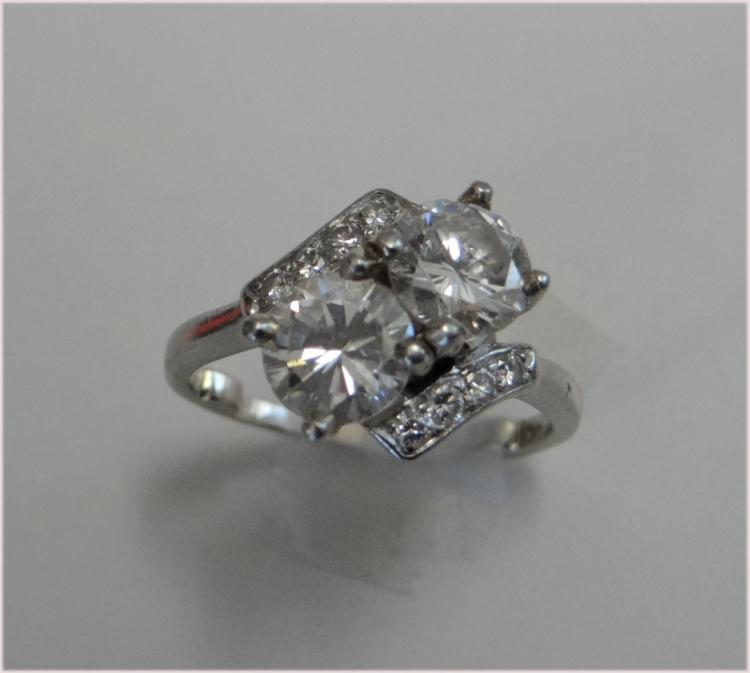 DOUBLE DIAMOND RING IN PLATINUM SETTING