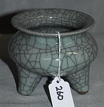 Chinese crackle glaze porcelain censor
