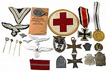GROUPING OF WWII GERMAN ITEMS