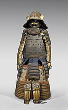 ANTIQUE JAPANESE SAMURAI SUIT OF ARMOR