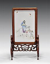 CHINESE ENAMELED PORCELAIN TABLESCREEN
