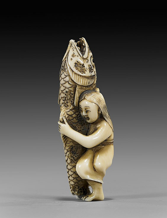 ANTIQUE IVORY NETSUKE: Woman & Fish