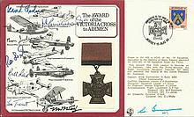 Seven WW2 WW1 Victoria Cross winners signed cover only 8 were signed by  Grp Capt L Cheshire VC, Flt Lt J Cruickshank VC, W/O N Jackson VC, Wg Cdr R L