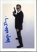 Hugo Weaving signed colour 6x4 colour photo from