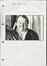 Mel Smith signed 6 x 4 b/w portrait photo, lightly