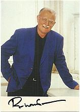 Roger Whittaker signed 6 x 4 colour photo. Lightly