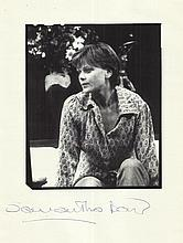 Samantha Bond signed magazine photo. Good