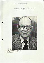 Eric Morecambe signed 7 x 5 b/w magazine photo