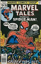 STAN LEE: Marvel 'Spiderman' comic hand signed to front by Stan Lee Good condition