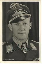 Werner Schröer KC OL S signed 6 x 4 wartime Hoffman portrait photo (12 February 1918 in Mülheim an d