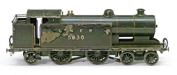 Model Railway - Bond's 0 Gauge -Electric 4-4-2