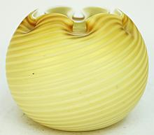 ART GLASS ROSE BOWL WITH FINE YELLOW-GOLD SATIN RIBBON SWIRLS.  4 1/2