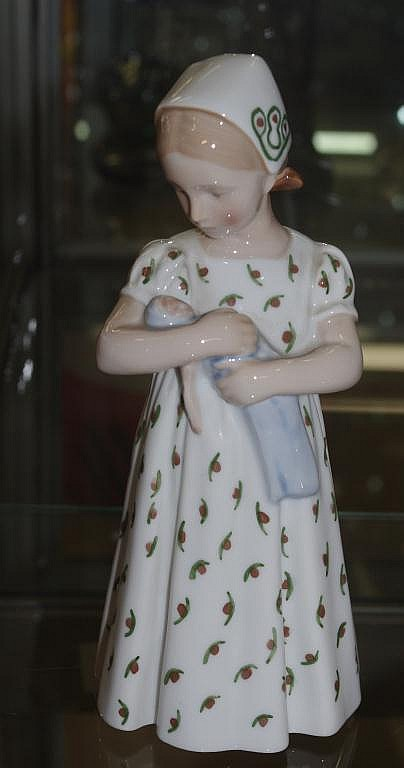Bing and Grondahl figurine - girl with doll Approx