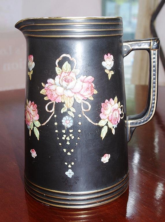 Vintage Crown Devon jug 20cm high