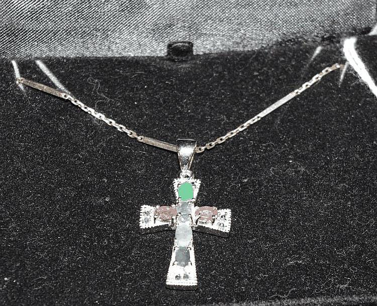 Silver chain & cross 40cm approx