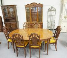 8 PIECE DINING ROOM SET. CHINA CABINET, TABLE, 6 CHAIRS.