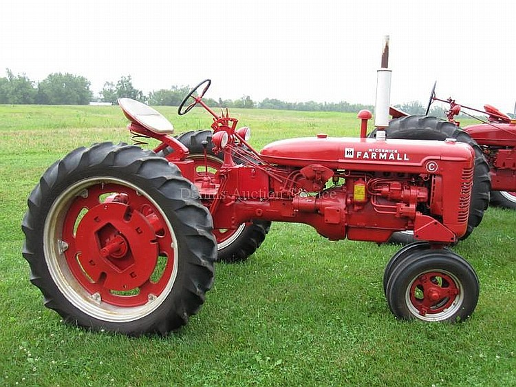 FARMALL MCCORMICK Model C 4speed Trans with Amp Meter, #15581, New Tires in working condition