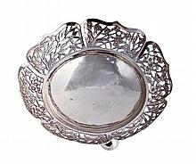A Chinese export silver hexalobed sweet dish by