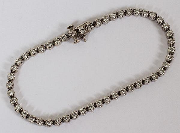 14KT WHITE GOLD AND DIAMOND TENNIS BRACELET