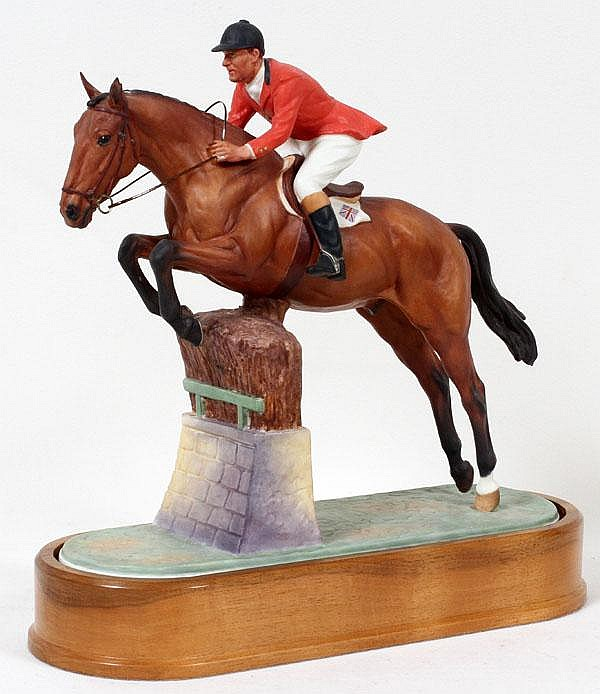 DORIS LINDER FOR ROYAL WORCESTER PORCELAIN FIGURE 'FOXHUNTER', C. 1960, H 10
