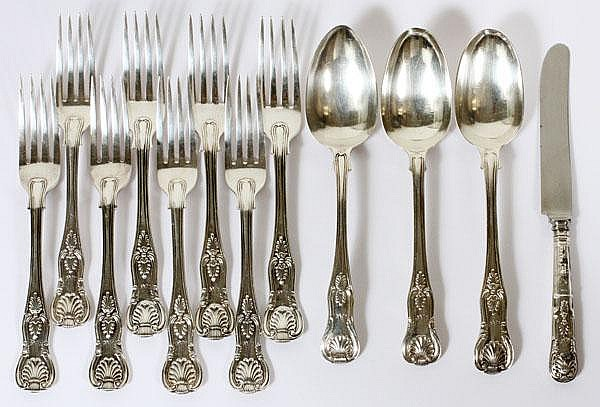GEORGIAN & VICTORIAN STERLING FLATWARE, LONDON, EARLY-LATE 19TH C., TWELVE PIECES