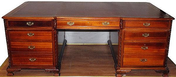 GEORGIAN STYLE MAHOGANY PARTNER'S DESK, H 30